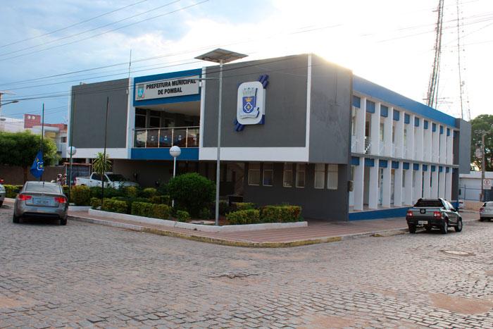 A Prefeitura de Pombal está concluindo o pagamento do 13° salário | Portal  da Prefeitura Municipal de Pombal